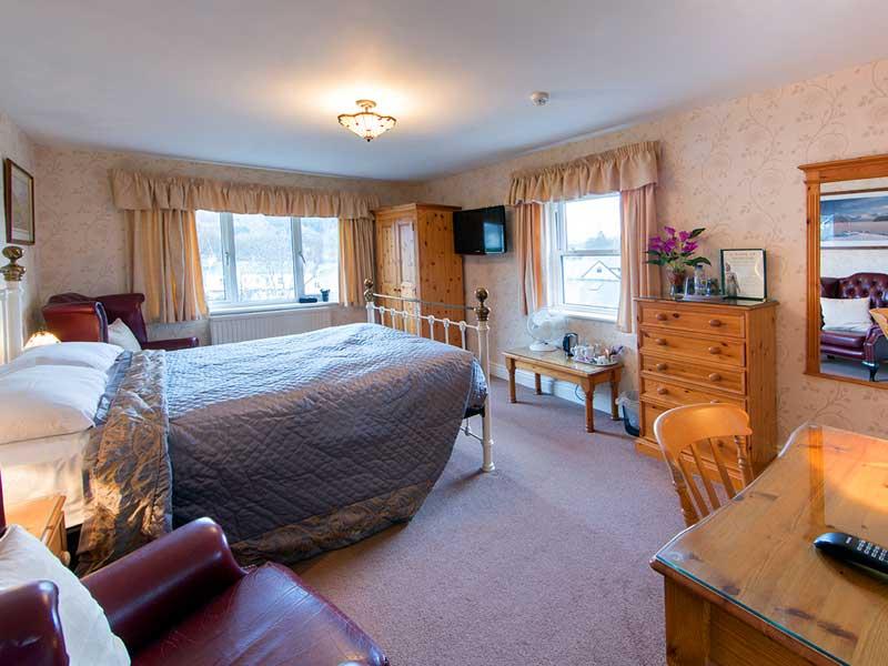 room-4-800x600